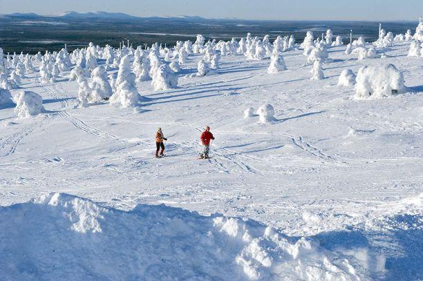 Pohjoisessa jatkuvat vielä talvikelit ja ainakin Itä-Lapissa sää on tänään vaalipäivänä enimmäkseen poutainen.