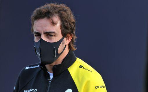 F1 löi vitsiksi – Fernando Alonso, 39, saa osallistua nuorten kuljettajien testeihin