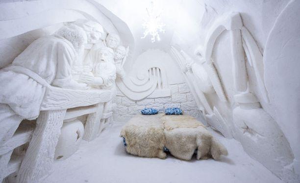 Kemin lumihotelliin tulee paljon lumiveistoksia.