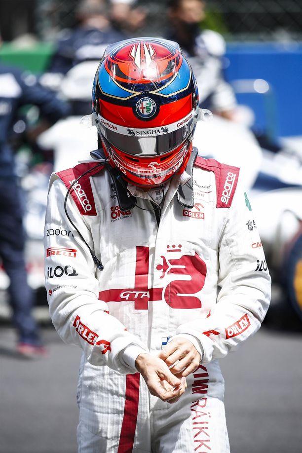 Kimi Räikkösen iltapäivä päättyi nopeasti.