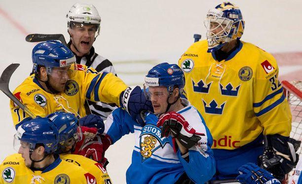 Vuoden 2012 Karjala-turnaus pelattiin Turussa.
