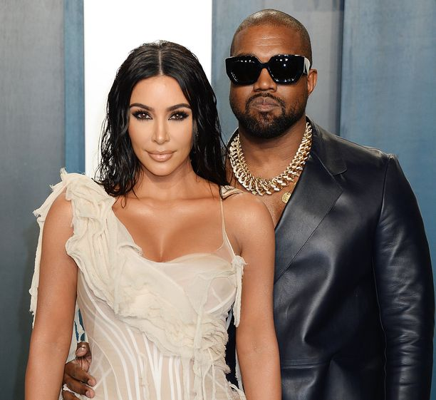 Kim Kardashian ja Kanye West ovat keskellä avioeroprosessia.