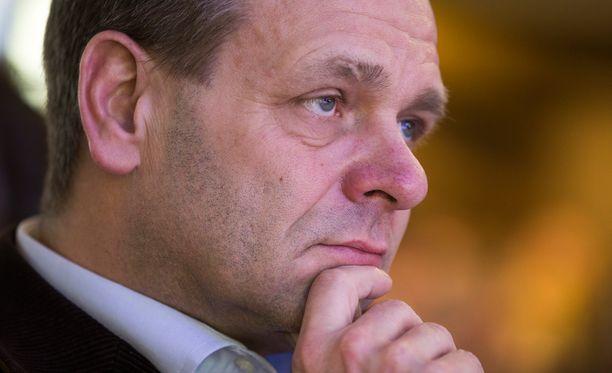 Jan Vapaavuori (kok).