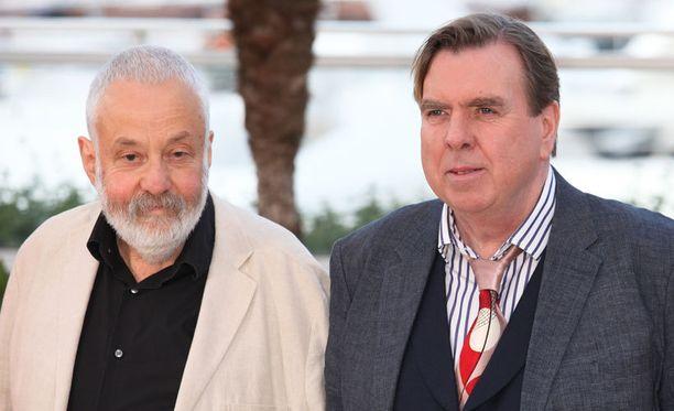 Mr. Turner -elokuvan ohjaaja Mike Leigh ja nimiosaa esittävä Timothy Spall. Spall palkittiin pääosasta Cannesissa.