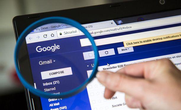Yhdysvaltalaislehden mukaan käyttäjät ovat voineet päästää sovelluksia yksityisten sähköpostiviestiensä kimppuun.