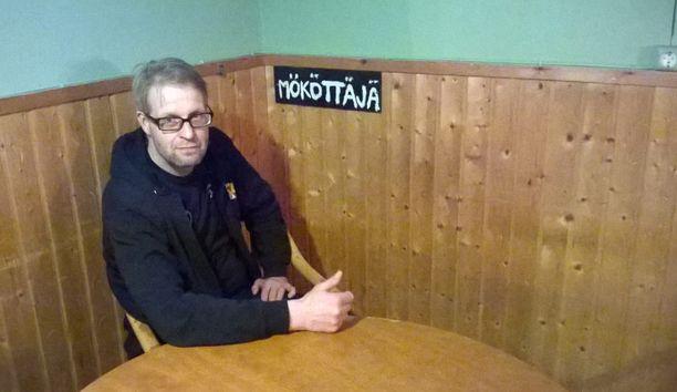Ravintoloitsija Immosen mielestä Mökötysnurkkaa voisi kokeilla muissakin baareissa.