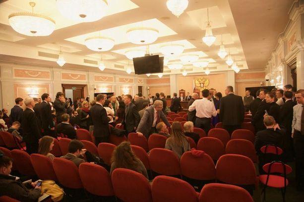 Jehovan todistajia Venäjällä koskeva oikeudenkäynti kesti kolme päivää ja jatkuu jälleen 12. huhtikuuta.