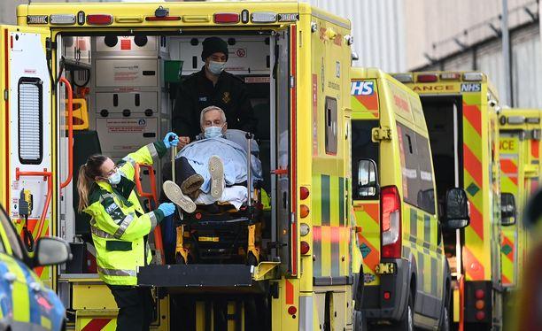 Lontoon sairaalat ovat jo nyt selviämisen äärirajoilla ja potilaiden määrä tulee kasvamaan nopeasti.
