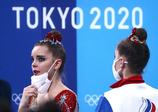 Dina ja Arina Averina ovat monikertaisia MM-voittajia, mutta olympialaisista kultaa ei irronnut.