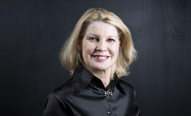 """Kelan pääjohtaja Elli Aaltosen mukaan nuorten syrjäytymiskehitystä voidaan tukea """"lisäämällä tukea elämän alkupäähän""""."""