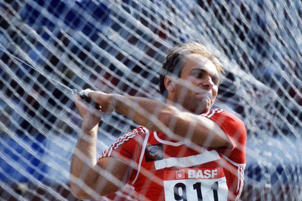 Juri Sedyh pitää yhä hallussaan moukarinheiton maailmanennätystä 86,74.