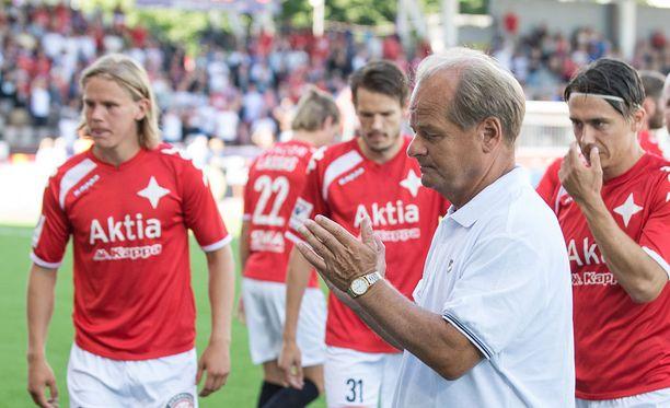 Antti Muurinen oli ensimmäistä kertaa HIFK-penkin takana lauantaina.