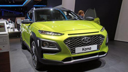 Hyundai Kona on hieman Stonicia isompi auto. Hintoja ei tiedetä vielä.