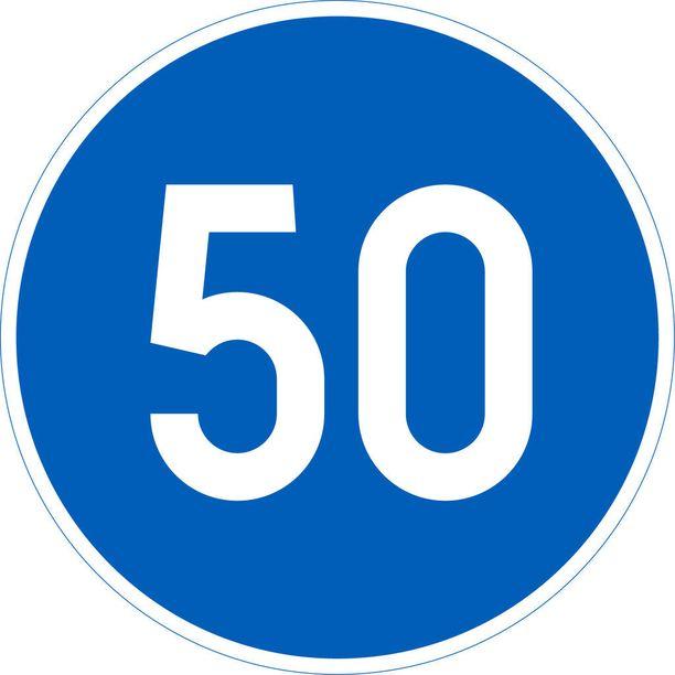 Alin sallittu nopeus 50 km/h.
