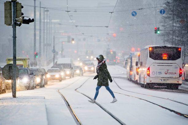 Mikäli Yhdysvaltain sää- ja valtamerentutkimusorganisaatio NOOA:n ennuste pitää kutinsa, joulu on tänä vuonna valkoinen.
