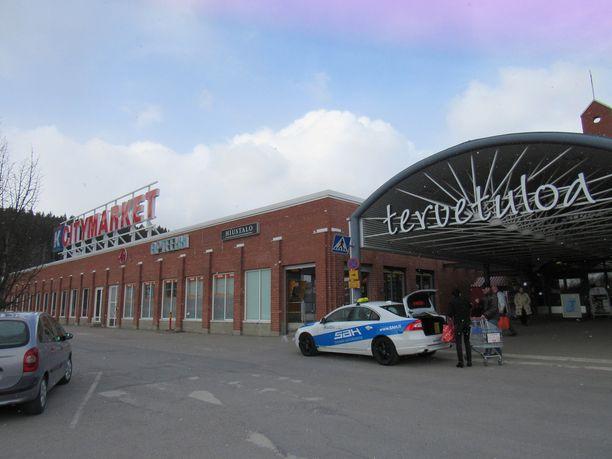 Voitokas kuponki pelattiin Tampereen Lielahden K-citymarketissa.