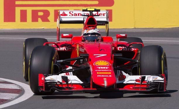 Kimi Räikkönen starttaa kolmosruudusta.