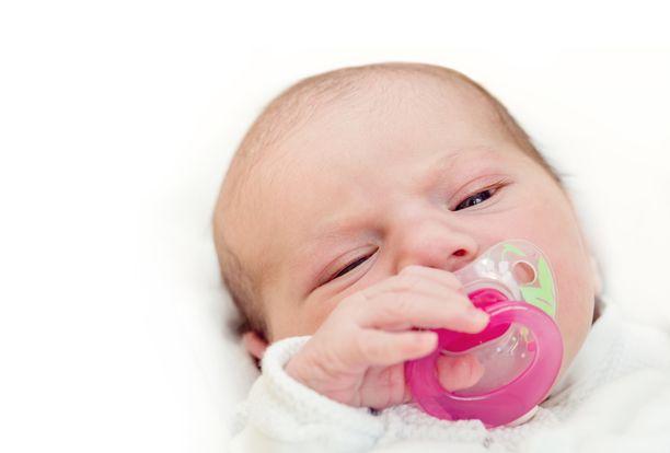 Terve vauva syntyi tammikuussa. Koko perhe on pienokaisesta innoissaan.