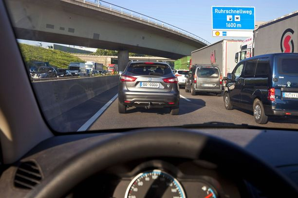 Moottoritie A40 Ruhrin alueella on yksi Saksan ruuhkaisimmista väylistä.