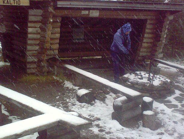 TUISKUA Lumisade yltyi eilen paikoitellen Ylläksellä myös kunnon tuiskuksi.