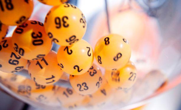 Lauantai-illan lottoarvonta oli vuoden 2014 viimeinen.