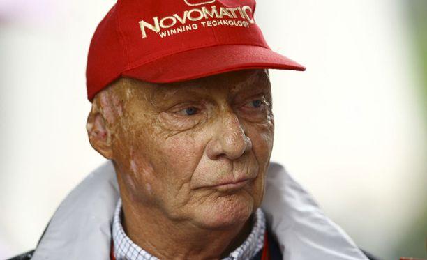 Niki Lauda ei riemastunut Nico Rosbergin uutisesta.