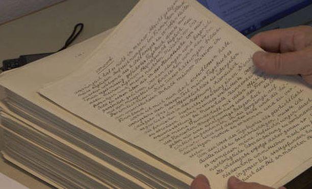 Kirjaan Visuri on suomentanut jalkaväenkenraali Waldemar Erfurthin sotapäiväkirjan.