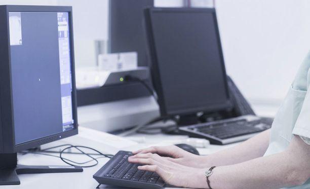 Digitalisaatio tuo uusia osaamisvaatimuksia markkinoinnin ja viestinnän ammattilaisille.