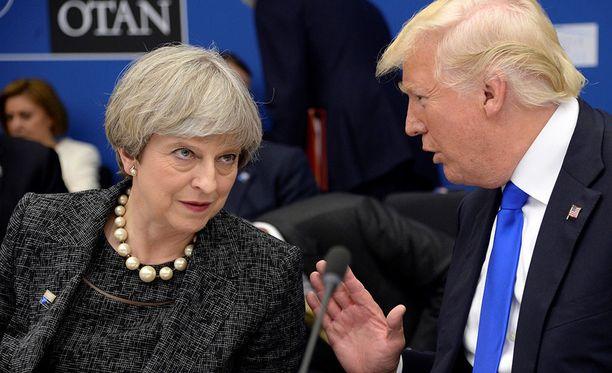 Theresay May on kutsunut Donald Trumpin valtiovierailulle, mutta Trumpin vierailu on jälleen kerran peruttu.