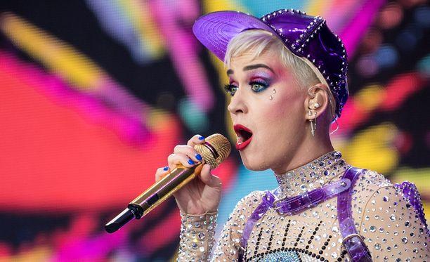 Katy Perry esiintyi Glastonburyssa viime viikonloppuna.
