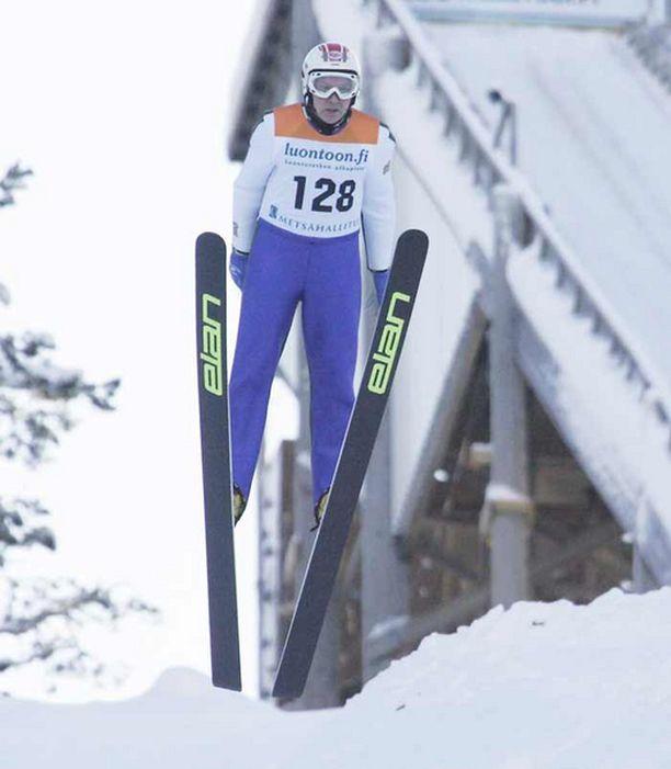 Mati Nykänen leiskautti lähes neljäkymmentä metriä.