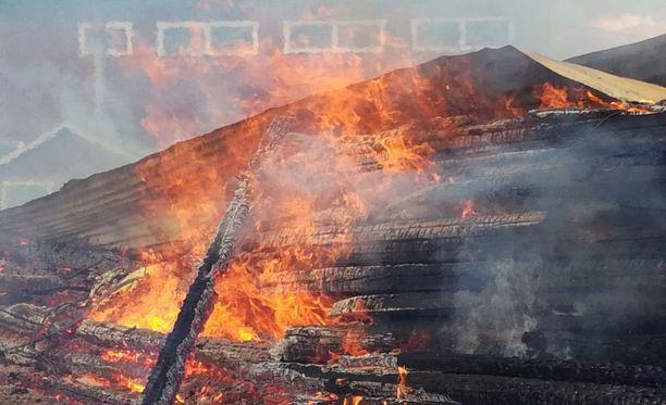 Tulen leviämisen piti estää nopeasti, sillä vieressä oli muun muassa öljysäiliö.