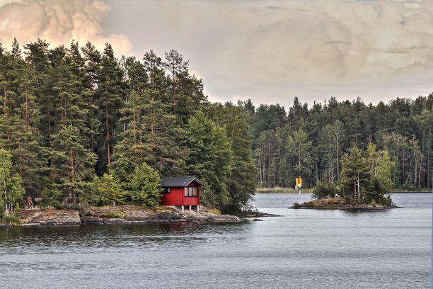 Iso osa suomalaisten mökeistä on kuvassa näkyvällä Saimaalla.