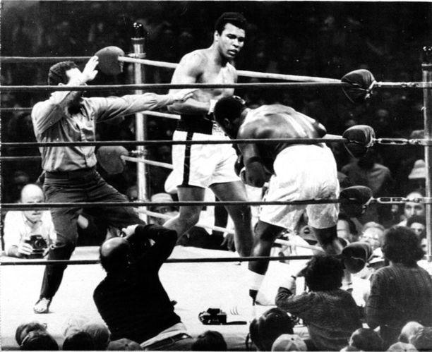Nyrkkeilylegenda Muhammad Ali ymmärsi suomalaisen naiskauneuden päälle.