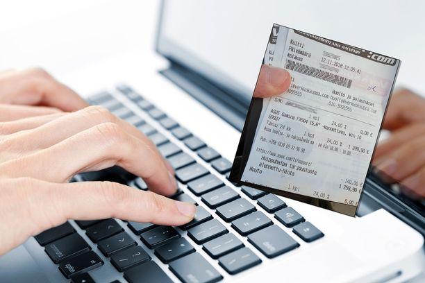 Toni Kumpula palautti ostamansa kannettavan tietokoneen takaisin Verkkokauppa.comiin. Kuvituskuva.