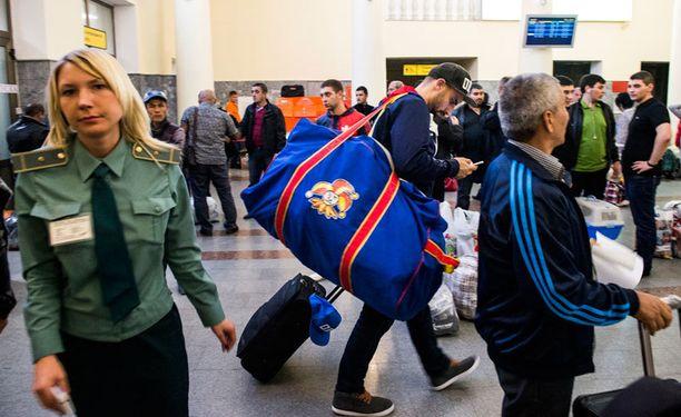 Semir Ben-Amor läpäisi vaikeuksitta passintarkastuksen Tsheljabinskin lentokentällä.