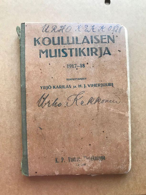 Nuori Urho Kekkonen piti sisällissodan aikana muistikirjaa.