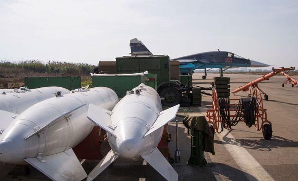Venäjän puolustusministeriön mukaan sotilas kuoli Hmeimimin lentotukikohdassa.