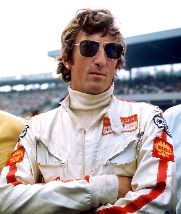 Jochen Rindt kuvattuna Monzan varikolla 1970, hetki ennen kaiken loppua.