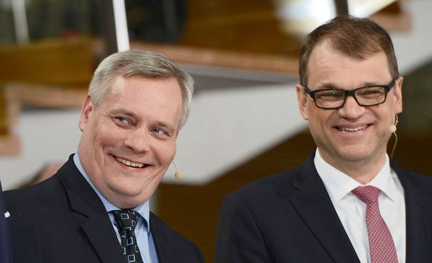 Antti Rinteen (vas.) SDP putosi Ylen uusimmassa kannatusmittauksessa. Juha Sipilän keskusta oli jälleen suurin puolue.