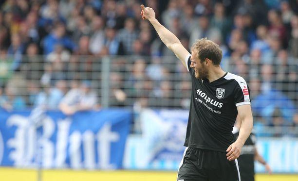 Timo Furuholm jännittää tänä iltana. Säilyykö Inter?