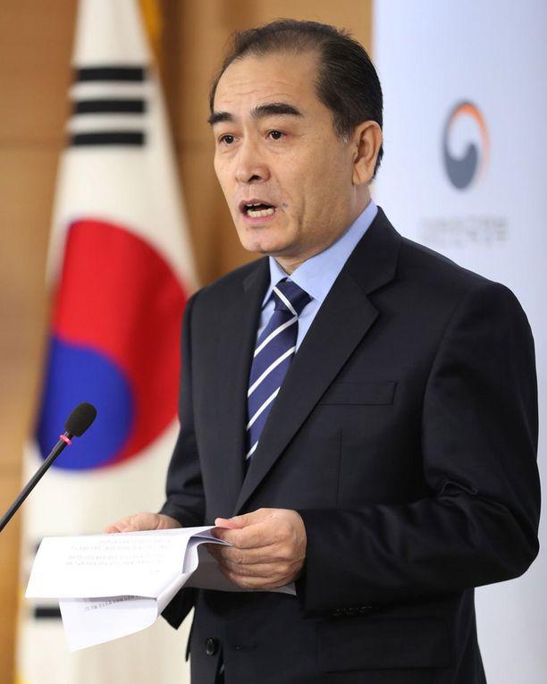 Korkea-arvoinen loikkari Thae Yong-ho piti tiedotustilaisuuden tammikuussa.