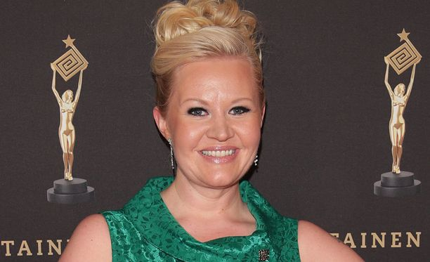 Kuvassa Lotta Backlund toukokuussa Kultainen Venla -gaalassa.