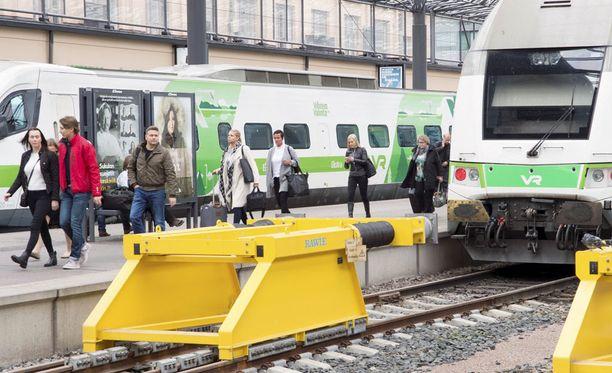 Vaasalainen opiskelija oli suuntaamassa Helsinkiin, mutta jäi kuulutussekoilun vuoksi junasta. Kuvituskuva.