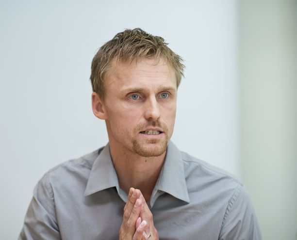 Hannu Tihinen on Palloliiton urheilutoimenjohtaja.