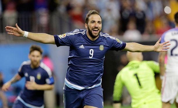 Gonzalo Higuain kuuluu Argentiinan maajoukkueen vakiokasvoihin.