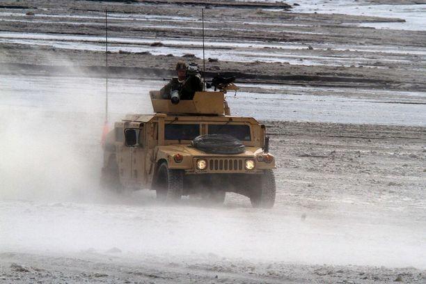 Humvee on tuttu näky taistelukentillä, joissa Yhdysvalat on parina viime vuosikymmenenä operoinut. Malli on auttamatta vanhentunut ja olemassa oleva kalusto vuosien mittaan pahasti ränsistynyt.