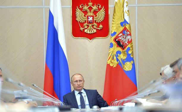 Venäjän presidentti Vladimir Putin on ottanut käyttöönsä neuvostoaikana hyväksi kokemansa keinot kansalaisjärjestöjen toiminnan kahlitsemiseksi.