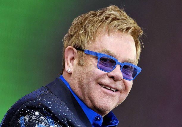 Elton John vuonna 2014.