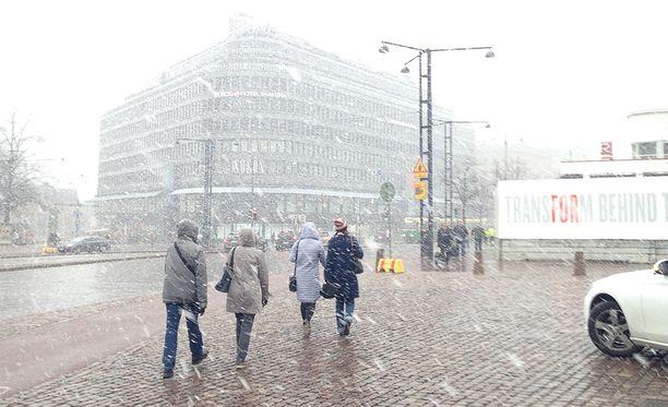 Tältä näytti Helsingin keskustassa 10. toukokuuta.